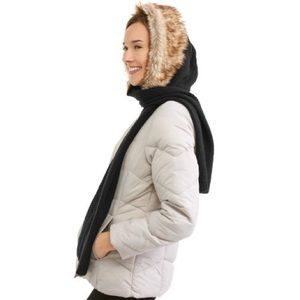 Accessories - hooded scarf with faux fur